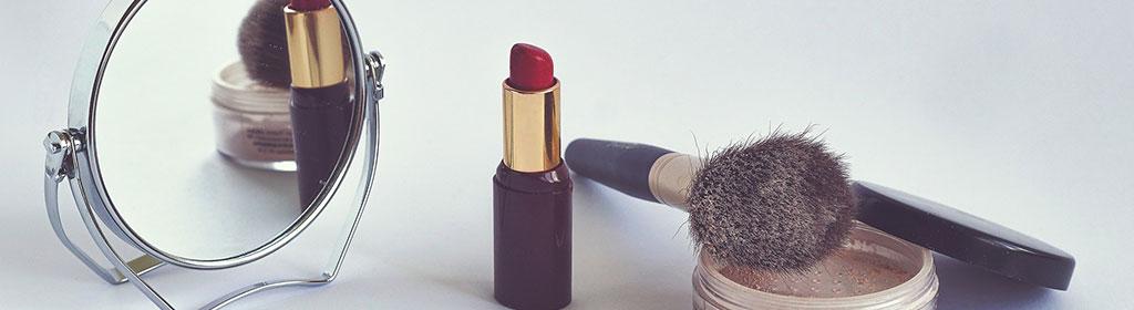 Kosmetik und Make-up im Handgepäck