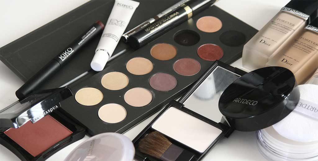 Make-Up im Handgepäck