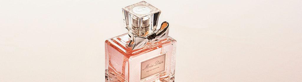 Parfüm im Handgepäck | Das ist erlaubt & So wirds gemacht