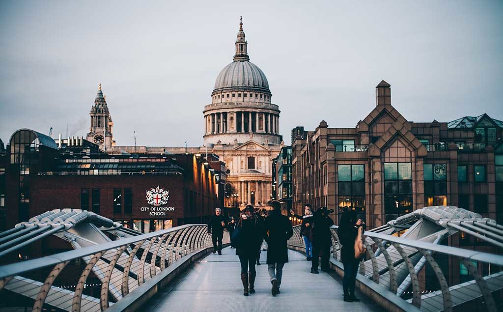London | Millennium Bridge